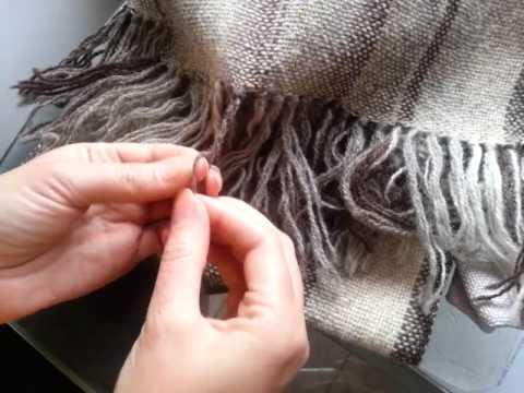 Как сделать бахрому на шарфе: из нитей или кистями